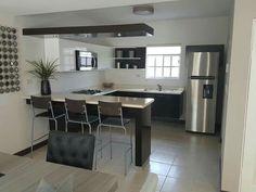 Kitchen Bar Design, Kitchen Layout, Interior Design Kitchen, Kitchen Furniture, Kitchen Decor, Küchen Design, House Design, Home Bar Designs, Diy Kitchen Storage