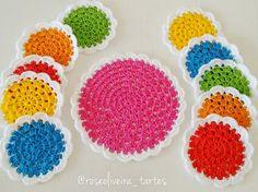 Bom dia amigas!     Quero compartilhar essa encomenda, fofuras coloridas que com certeza deixarão a mesa de minha cliente mais alegr...