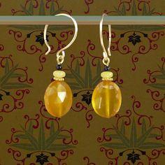 mooie gele oorbellen goud en edelstenen - studentenhaver