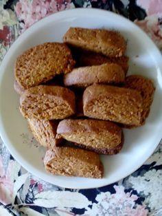 Ελληνικές συνταγές για νόστιμο, υγιεινό και οικονομικό φαγητό. Δοκιμάστε τες όλες Greek Sweets, Greek Desserts, Greek Recipes, My Recipes, Baking Recipes, Favorite Recipes, Recipies, Greek Cookies, Italian Biscuits