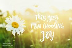 Choosing just one word for the year keeps me focused. It keeps me sane. And it leaves me a whole lot more successful and satisfied with life. Are YOU choosing one word for 2016? Will you share it with us if you are? // Mary Carver on incourage.me