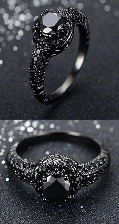 Awesome & Unique Goth / Gothic / steam punk Wedding / Anniversaries & Engagement Rings Set Ideas / Inspiration for Men / Her made in Black Gold, Sterl. Wedding Rings Simple, Wedding Rings Vintage, Unique Rings, Beautiful Rings, Vintage Rings, Wedding Jewelry, Matching Wedding Rings, Womens Black Wedding Rings, Black Wedding Ring Sets