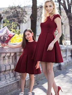 Rochii elegante bordo mama si fiica Mother Daughter Outfits, Desktop, Women's Fashion, Dresses, Atelier, Mother And Daughter Clothes, Vestidos, Fashion Women