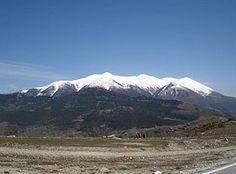 Le Mont Olympe est en Grèce Altitude : 2 917 m Pic Mytikas Massif : Massif de l'Olympe information: Le mont Olympe est le mont plus haute de la Grèce, avec un sommet à 2 917 mètres. Elle fait partie de la chaîne du même nom. L'Olympe est traditionellement le domaine des dieux de la mythologie grecque. Il fait partie des dix parcs national de Grèce Racha & jacqueline 6e2