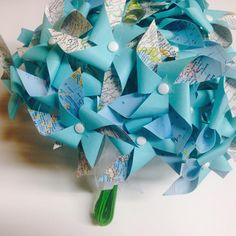 """""""Atlas Pinwheel Bouquet for your #destinationwedding or your #wanderlust #atlas can be paired with your wedding colors!  #bouquet #pinwheel #wedding…"""""""