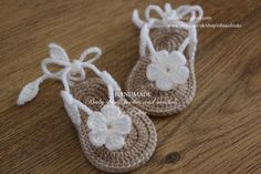 Crochet baby sandals, gladiator sandals, booties, shoes, slippers, flower, white, tan, gift, READY TO SHIP, size 3-6 months by editaedituke on Etsy https://www.etsy.com/listing/234062571/crochet-baby-sandals-gladiator-sandals