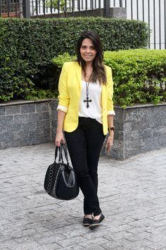 look blazer amarelo calça preta claudinha stoco 21 Look: Blazer Amarelo e Calça!