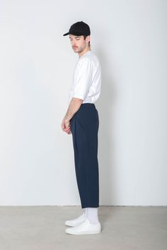 Trouser (i wanna wear this except i would prefer the pants to be either black, white, dark gray, or lightwash denim) Korean Fashion Men, Dope Fashion, Unisex Fashion, Minimal Fashion, Urban Fashion, Daily Fashion, Mens Fashion, Vans Outfit Men, Latest Mens Wear