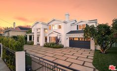 7 best homes on homes images los angeles home homes rh pinterest com