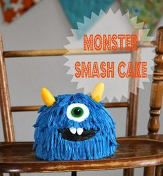 Before my little Benjamin turned 1, he already had that little twinkle in his eye. I knew it meant he was going to be a mischievous little monster. So it was only fitting to create a little monster smash cake...