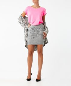 Swedish fashion chain that sells the latest trends to women in over 30 countries. Exciting fashion, which is feminine, stylish and affordable - online and in stores. Swedish Fashion, Gina Tricot, Latest Trends, Sequin Skirt, Feminine, Stylish, Store, Skirts, How To Wear