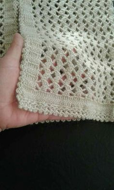 Discover thousands of images about Delikli yelek modeli - Bobble Crochet, Gilet Crochet, Crochet Skull, Easy Crochet Blanket, Crochet Motif, Crochet Yarn, Crochet Stitches, Chunky Crochet, Crochet Scarves