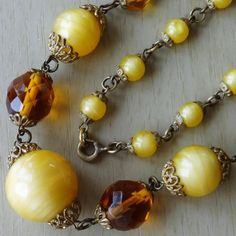 Vintage Graduated Gold & Amber Glass Bead Chain Necklace
