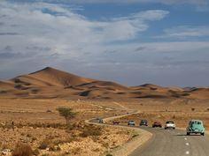 Al Desierto sin Agua con salida desde el Puerto de Motril. Rally Solidario de coches clásicos organizado por el Museo del Automóvil de Melilla. Abril 2013
