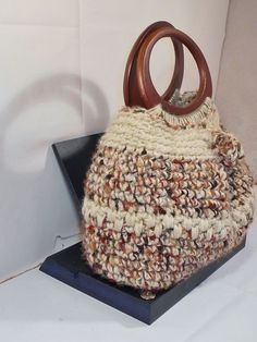 Punto Margherita Filato Catenella Di Beba Point Daisy Chain Yarn Of Clutch Crochet Pinterest Yarns And Crocheted Bags