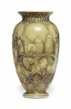 A THOMAS WEBB & SONS CAMEO GLASS VASE - CIRCA 1900, ACID-ETCHED THOMAS WEBB & SONS CRESCENT MARK, INDISTINCTLY ETCHED 1107.