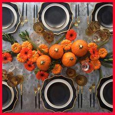Inspiración para este fin de semana! A veces con los colores lo decimos todo – current #cute halloween ideas decoration, #dyi halloween decorations, #halloween decortation, #halloween ideas decorations   #HalloweenDecorPretty, #HalloweenDecorationDecoracion, #HalloweenDiyHomeDecor, #HalloweenHomeIdeas, #HalloweenIdeasDecorations Halloween Table Settings, Halloween Table Runners, Creepy Halloween Decorations, Spooky Decor, Outdoor Halloween Parties, Halloween Dinner, Halloween 2019, Scary Halloween, Halloween Ideas