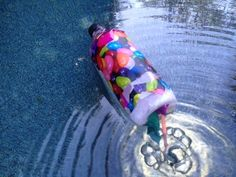 Fizzing Bottle Boats by mykidcraft: Made with an upcycled plastic bottle, baking soda and vinegar or citric acid powder. #DIY #Kids #Toys #Bottle_Boat
