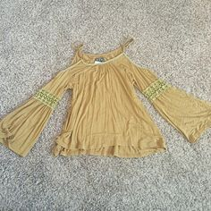 mustard yellow bell sleeve top Super cute for festivals! Mustard color bell sleeve open shoulder top. Very flowy. Brand new POL Tops Blouses