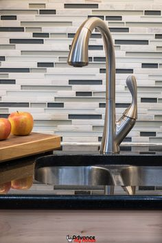 Best Pull Down Kitchen Faucets: Style and Function. We have tried out several pull down kitchen faucets from the market and narrowed them down into the best three. Kitchen Faucet With Sprayer, Best Kitchen Faucets, Buy Kitchen, Farmhouse Style Kitchen, Modern Farmhouse Kitchens, Cool Kitchens, Best Kitchen Designs, Kitchen Ideas, Commercial Kitchen