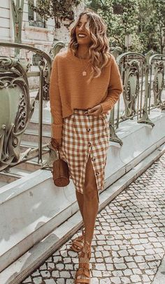 30 Chic Fall Outfits To Try This Season best fall outfit / knit sweater plaid pencil skirt bag sandals 40 Chic Sweater Outfit Ideas For Fall/Winter 2019 Chic Sweater Outfit Ideas For Fall 201824 Genius Fall Sweater Outfits I'm Copying From Our Readers Mode Outfits, Office Outfits, Skirt Outfits, Stylish Outfits, Fall Outfits, Fashion Outfits, Womens Fashion, Summer Outfits, School Outfits