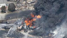 2013-07-06 1 dead, many missing after Quebec train blasts. (CBC News)
