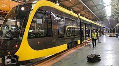 Utrecht krijgt de langste stadstram van Europa. De Urbos-trams worden op dit moment gebouwd in de Spaanse stad Zaragoza en gaan vanaf eind volgend jaar de huidige, verouderde trams vervangen. Bonde, Public Transport, Locomotive, Buses, Transportation, Vehicles, Trains, Car, Locs