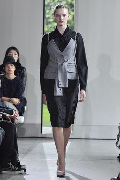 Yasutoshi Ezumi Tokyo Spring 2016 Fashion Show