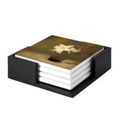 Glass with Lily To the Dutch artist Jan Mankes painting was a means to express the ineffable. Decorative Tile, Decorative Boxes, Ceramic Coasters, Dutch Artists, Exhibition Space, Round Corner, Wooden Tables, Art Reproductions, Coaster Set