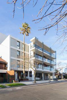 Estudio Moirë Arquitectos, Ramiro Sosa · Bonjo III Building