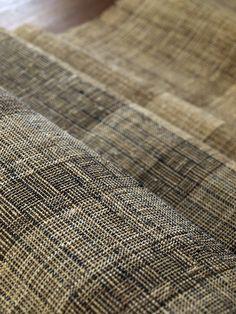 崩し柄八寸名古屋帯(部分)  Handwoven Sash for Kimono   nettle,hemp  natural dye    by Harue NISHIKAWA / Textile COCOON