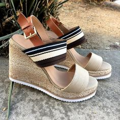 Live on the ~wedge ☀️. Search: 82915. #LoveUOG #wednesday #wedges #springtime #resortwear #vacationmode #sotd #shoesaddict #shoestagram #fashionista #fashiondiaries