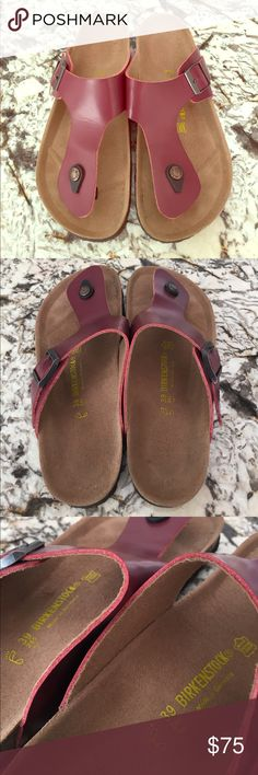 NEW Birkenstock Maroon Gizeh Sandal - 39 Like Brand New - soles very, very slightly worn from being tried on in store. Birkenstock Shoes Sandals