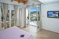 Dubrovnik central apartment Skyline  Ruim appartement met uitzicht op zee vanuit de slaapkamers en privébalkon wifi  EUR 943.63  Meer informatie  #vakantie http://vakantienaar.eu - http://facebook.com/vakantienaar.eu - https://start.me/p/VRobeo/vakantie-pagina