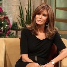Access Hollywood Live: Jaclyn Smith's Tips For Decorating For The Holidays On A Budget Medium Hair Cuts, Medium Hair Styles, Long Hair Styles, Hairstyles With Bangs, Cool Hairstyles, Hair Cuts For Over 50, Haircut And Color, Long Layered Hair, Hair Affair