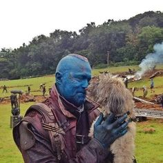 """pietrobutts: """"Behind the scenes of Guardians of the Galaxy feat James Gunn's dog. Marvel E Dc, Marvel Heroes, Marvel Avengers, Michael Rooker, Dc Movies, Marvel Movies, Yondu Udonta, Gardians Of The Galaxy, Star Lord"""