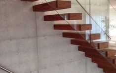 floating cantilevered stairs