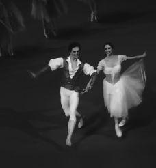 GIF Svetlana Zakharova and Sergei Polunin in Giselle