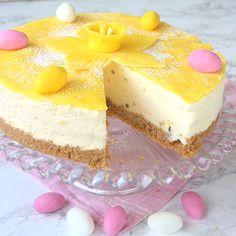 Passionsfrukt- och citroncheesecaketårta – Lindas Bakskola Bagan, Easter Recipes, Dessert Recipes, Desserts, Scandinavian Food, Something Sweet, Cheesecakes, Cake Cookies, No Bake Cake