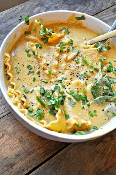 Vegan White Lasagna Soup - Rabbit and Wolves - - Cheesy and rich soup with lasagna noodles and Italian spices. This super comforting soup tastes just like white lasagna. Healthy Recipes, Soup Recipes, Whole Food Recipes, Cooking Recipes, Free Recipes, Kitchen Recipes, Easy Cooking, White Lasagna, Lasagna Soup