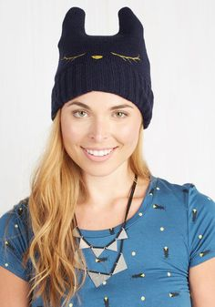 Cat Nap Hat in Navy From the Plus Size Fashion Community at www.VintageandCurvy.com