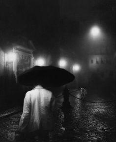 © Alex Howitt