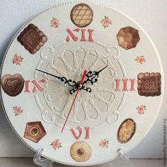 """Часы для дома ручной работы. Ярмарка Мастеров - ручная работа Часы """"Сладкоежка"""". Handmade."""