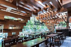 Дизайн интерьера ресторана Cheering Restaurant во Вьетнаме