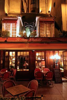 Le Petit Chatelet, Paris