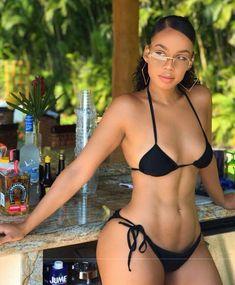Chicas porno en bikini