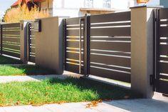 Iron Main Gate Design, Home Gate Design, House Fence Design, Front Yard Garden Design, Steel Gate Design, Front Gate Design, Window Grill Design, Wooden Gate Designs, Gate Designs Modern