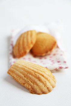 perfect little madeleines for tea