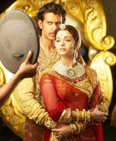 Here's a image from an exclusive photoshoot held on the sets of Bollywood epic, Jodhaa Akbar.