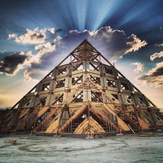 2013 Burning Man, Temple by Gus Winkelman..great photo...great design!